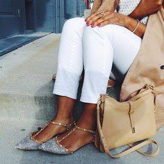 Halogen flats, white jeans, trench