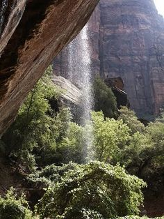 waterfall hikes in Utah