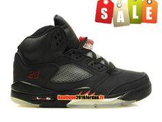 watch e49d9 1b64b Air Jordan 5 Retro GS Nike Baskets Jordan Pas Cher Chaussure Pour  Femme Garçon Noir Varsity 440888-061