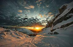 Go Skiing. # Before I Die # Bucket List ***learn to ski Beautiful Landscape Photography, Beautiful Landscapes, Beautiful Scenery, Stunning View, Beautiful Sunset, Beautiful Images, Amazing Photography, Ski Et Snowboard, Ski Ski