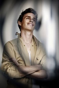 eddie redmayne is the hottest and has the most amazing smile in the world. My heart beats faster when I see him smiling literaly