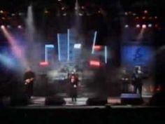 Kate Bush & David Gilmour - Running up that Hill - Live SPB