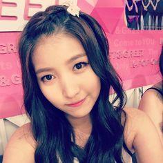GFRIEND - Sowon - 150811 Official Mwave Instagram update South Korean Girls, Korean Girl Groups, Kim Ye Won, Jung Eun Bi, Gfriend Sowon, Idol, Lady, Instagram, Ballerina