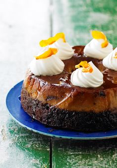 """Coffee """"Chocoflan""""-Chocoflan combined with the soft and abundant flavor of coffee is very delicious. Try it at your next family gathering."""