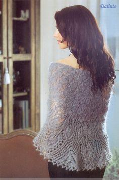 knitting charming lace shawl for ladies      ♪ ♪ ... #inspiration_crochet #diy GB