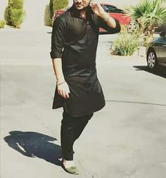 Boy in Black Kurta Pajama Pic for Fb Dpz for Boys The post Boy in Black Kurta Pajama Pic for Fb Dpz for Boys appeared first on Wallpaper DPs. Gents Kurta Design, Boys Kurta Design, Wedding Dresses Men Indian, Wedding Dress Men, Pathani Kurta Men, Punjabi Kurta Pajama Men, Latest Kurta Designs, Asian Men Fashion, Designer Suits For Men