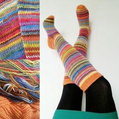 Kuvahaun tulos haulle värikkäät villasukat
