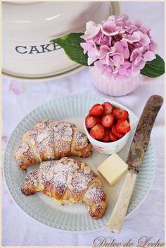 Na domáce croissanty sa chystám snáď celú večnosť, dokonca ešte pred založením môjho blogu som sa nádejala, že si to raz vyskúšam, ale v...