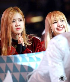 161119 MMA 2016 cr.BP19970327 #BLACKPINK #블랙핑크 #LISA #ROSÈ #YGFAMILY #리사