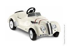 ⭐⭐⭐⭐⭐ Автомобиль детский педальный BMW 328 Roadster, White   Автомобили вызывают восхищение у детей, едва они начинают воспринимать окружающую реальность. Громкие, «рычащие», быстрые машины сразу становятся предметом восторга и вожделения. Именно поэтому, многие компании разработали серию машинок для детей. Немецкая фирма «BMW» выпустила педальный автомобиль 328 Roadster.   📖 Читать подробнее: http://hmstore.com.ua/buy/detskiy-pedalnyiy-avtomobil-bmw-328-roadster--white-80932149183…