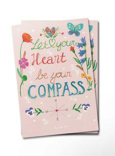 Postkarte Let your heart be your compass aus Karton 300 Gramm  weiß - Das Original von Mr. & Mrs. Panda.  Diese wunderschöne Postkarte aus edlem und hochwertigem 300 Gramm Papier wurde matt glänzend bedruckt und wirkt dadurch sehr edel. Natürlich ist sie auch als Geschenkkarte oder Einladungskarte problemlos zu verwenden. Jede unserer Postkarten wird von uns per hand entworfen, gefertigt, verpackt und verschickt.    Über unser Motiv Let your heart be your compass  Lerne, deinem Herzen zu…