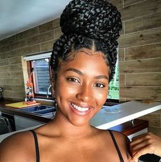 Medium Box Braids Styles & Caring - Hairstyles And Hair Trends You Need To Try this week . Because a new week brings with it a whole host of new hairstyles and hair trends just . Medium Box Braids, Short Box Braids, Blonde Box Braids, Braids For Black Hair, Box Braids Bun, Wavy Hair, Braids For Black Women Box, Jumbo Box Braids, Jumbo Twists