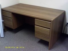 Desk - http://get.sm/XSDssVK #tradebank Office Furniture