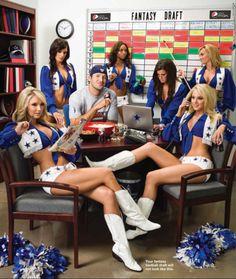 Tony Romo & the Cheerleaders Dallas Cowboys Pictures, Dallas Cowboys Women, Dallas Cowboys Football, Football Memes, Football Season, Cheerleader Images, Cheerleading Pictures, Dallas Cowboys Wallpaper, Dallas Cheerleaders