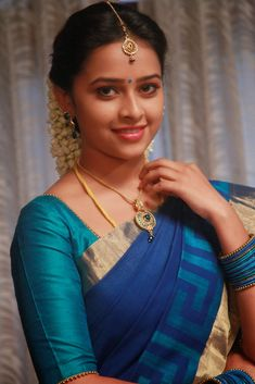 Sri Divya. Being Married - Sasi Pradha