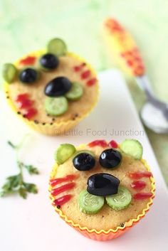 Save Our Tigers. Lets make the lil ones embrace wildlife in the urban scenario by these cute tiger savory cupcakes . Cute Food, Good Food, Yummy Food, Dog Cakes, Cupcake Cakes, Savory Cupcakes, Food Art For Kids, Best Party Food, Food Crafts