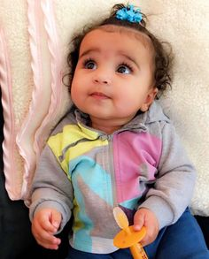 Rob Kardashian Shares Adorable Picture of Baby Dream So Cute Baby, Cute Mixed Babies, Pretty Baby, Cute Kids, Cute Babies, Baby Kids, Dream Kardashian Baby, Kourtney Kardashian, Kardashian Family