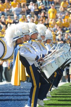 """""""Pride of West Virginia"""" Percussion Section ~ there's no sweeter sound than Country Roads on Mountaineer Field Mountaineers Football, Wvu Football, Virginia Hill, Virginia Homes, Travel Fund, Drumline, West Virginia University, Mountain States, Usa Mobile"""