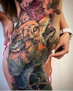 Peony Flower Tattoos, Peonies Tattoo, Incredible Tattoos, Great Tattoos, Girl Tattoos, Tattoos For Women, Fox Tattoos, Tatoos, Asian Fox