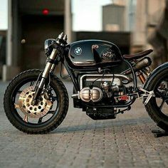 I seriously like the things these folks did to this distinctive Cafe Bike, Bmw Cafe Racer, Cafe Racer Build, Cafe Racers, Bmw Motorbikes, Bmw Motorcycles, Vintage Motorcycles, Bmw Vintage, Off Road Bikes
