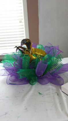Mardi Gras table decor