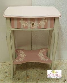 Rosabel manualidades: Mueble decorado