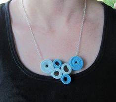 Zipper necklace tutorial - Infarrantlycreative.net