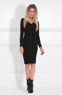 80c2b3aef31dbf Nikkie Jolie Dress. Fijn gebreide jurk in zwart met veel stretch. Casual  jurk die