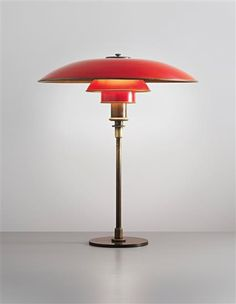 An early Poul Henningsen table lamp, circa (Art Deco) Art Deco Lighting, Vintage Lighting, Modern Lighting, Table Lighting, Light Table, Lighting Design, Lampe Art Deco, Deco Luminaire, Art Deco Design