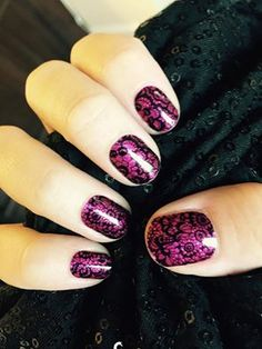 Isn't this gorgeous?! This would look great with that little black dress. Jamberry's Black Noir layered on Fierce Fuchsia. Get it at manipedisdelight.com