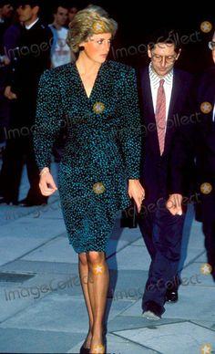 Princess Diana Photos, Princess Diana Fashion, Princess Of Wales, Princesa Diana, Wolverhampton, Festival Hall, Diane, Lady Diana Spencer, Duchess Of Cornwall