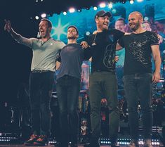 """Polubienia: 1,985, komentarze: 10 – Hypnotised By Coldplay (@a.head.full.of.chris.martin) na Instagramie: """"I would honestly let myself be run over by a steam roller if it meant that all 5 of them (including…"""""""