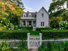 Sag Harbor Village, John Street Beauty, Sag Harbor NY Single Family Home - Hamptons Real Estate