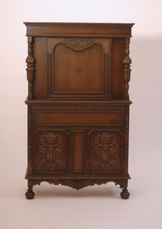 Antique Carved Oak Hutch Renaissance Style Traditional China Cabinet