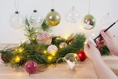 Sådan bliver kreativitet med julekugler din nye favorit