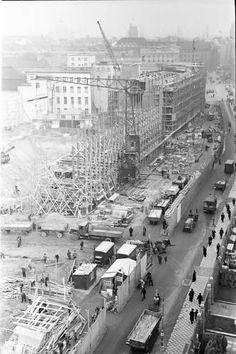 Berlin: Blick von in die Voßstraße (von Wertheim) mit Baubeginn der Reichskanzlei; etwas höher