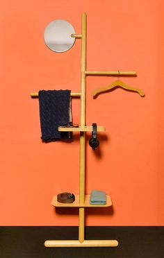 Kickstarter Success for Camerino Valet Stand – Design & Trend Report Clothes Stand, Clothes Hanger, Clothes Rail, Shelf Furniture, Furniture Design, Modular Furniture, Valet Stand, Standing Coat Rack, Displays