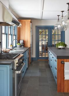 Farmhouse kitchen with shaker style kitchen cabinets and French doors Shaker Style Kitchen Cabinets, Wood Kitchen Island, Shaker Style Kitchens, Kitchen Cabinet Styles, Reclaimed Wood Kitchen, Rustic Kitchen, Kitchen Dining, Kitchen Ideas, Kitchen Country