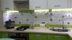 Маленькая кухня фото, планировка мебели в кухне 6 м, мини варочная панель, кухонная мойка, духовой шкаф встроенный, зеленая кухня