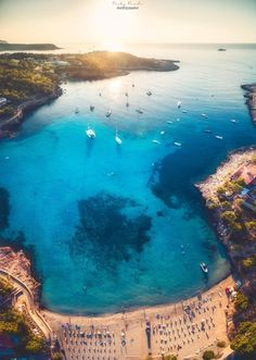 Portinatx, Arenal Gran, Ibiza #ibizaplayas Photo by: Ricky Rueda