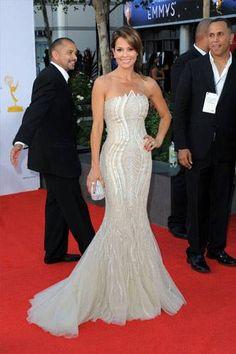Actress Brooke Burke #tonyward #étoffe #hongkongcentral #eveningwear  #eveninggowns #white #