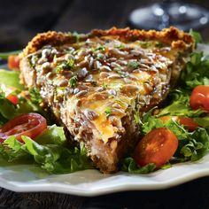 Itkettävän ihana sipulipiirakka No Salt Recipes, Great Recipes, Favorite Recipes, Savory Pastry, Savoury Baking, Food Now, I Love Food, Vegan Foods, I Foods