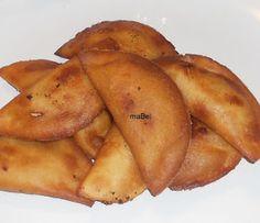 Anoche se me antojaron empanadas venezolanas, son tan fáciles de hacer, que la masa se hace en un abrir y cerrar de ojos prácticamente. La...