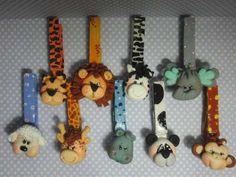 Recuerdos De Baby Shower,nacimiento Animalitos En Masa Baby Shower Pasta, Crafts For Kids, Diy Crafts, Clay Baby, Ideas Para Fiestas, Biscuit, Party Supplies, Magnets, Polymer Clay