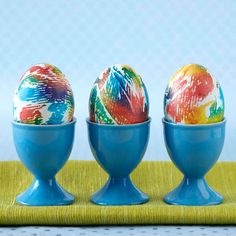 You'll never guess the secret ingredient in this easy egg-dyeing method -- it's food coloring! Get the how-to here: http://www.bhg.com/holidays/easter/eggs/quick-and-easy-easter-egg-decorations/?socsrc=bhgpin032315tiedyedeastereggs&page=16