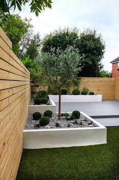 Garten Im Quadrat  Hochbeet Zierkies Baum Minimalistisch Holzboden Terrasse Rasen