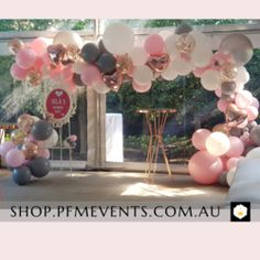 Sunrays Custom Balloon Column – PFM - Events & Catering Wedding Reception Decorations, Birthday Party Decorations, Party Themes, Birthday Parties, Balloon Columns, Balloon Arch, Balloon Garland, Custom Balloons, Latex Balloons