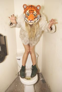 Lovibg this shit Gillian Zinser