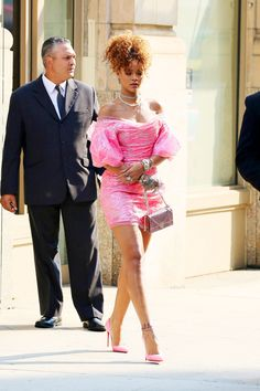 """Rihanna's - https://www.pinterest.com/pin/368943394460232270/ Best Looks  - ELLE.com 