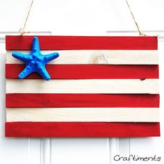 Patriotic wood shim and starfish flag - Craftiments Patriotic Crafts, Patriotic Party, Patriotic Decorations, July Crafts, 4th Of July Celebration, Fourth Of July, Summer Activities For Kids, Crafts For Kids, American Flag Wood